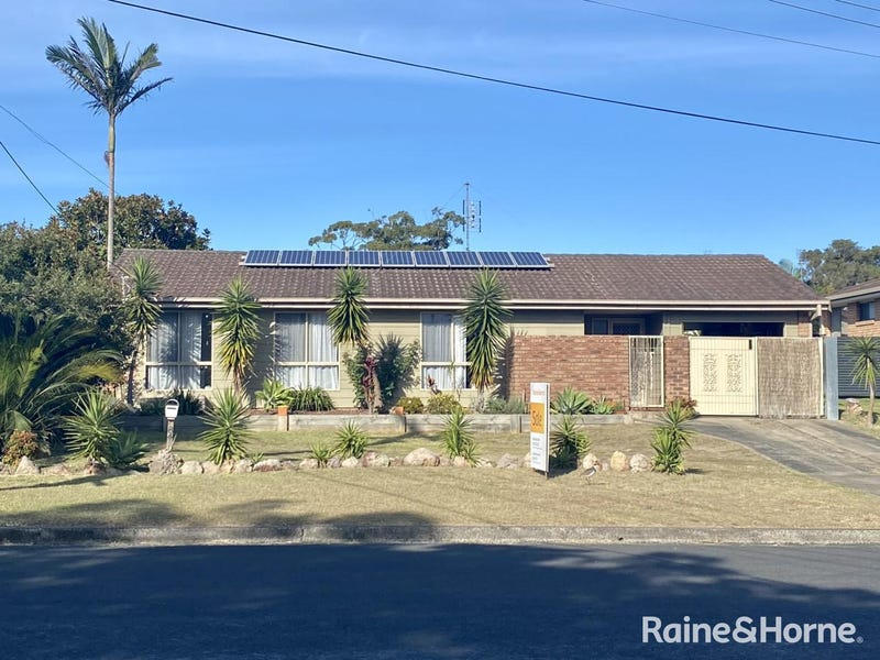 84 Scott Street, Shoalhaven Heads, NSW 2535