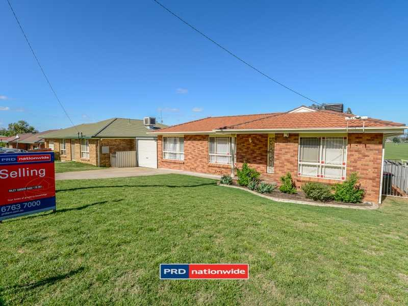81 Glengarvin Drive, Oxley Vale, NSW 2340