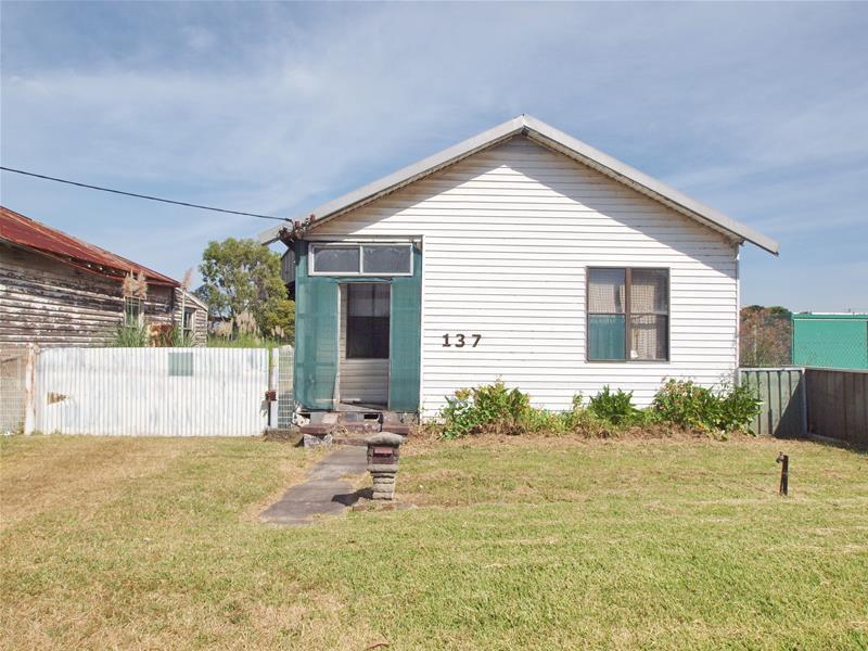 137 Old Maitland Road, Hexham, NSW 2322