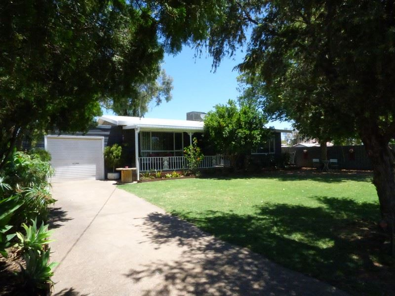32 Short Street, Bourke, NSW 2840