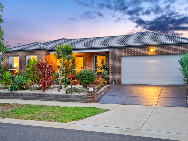 23 Bangalay Drive, Brookfield, Vic 3338