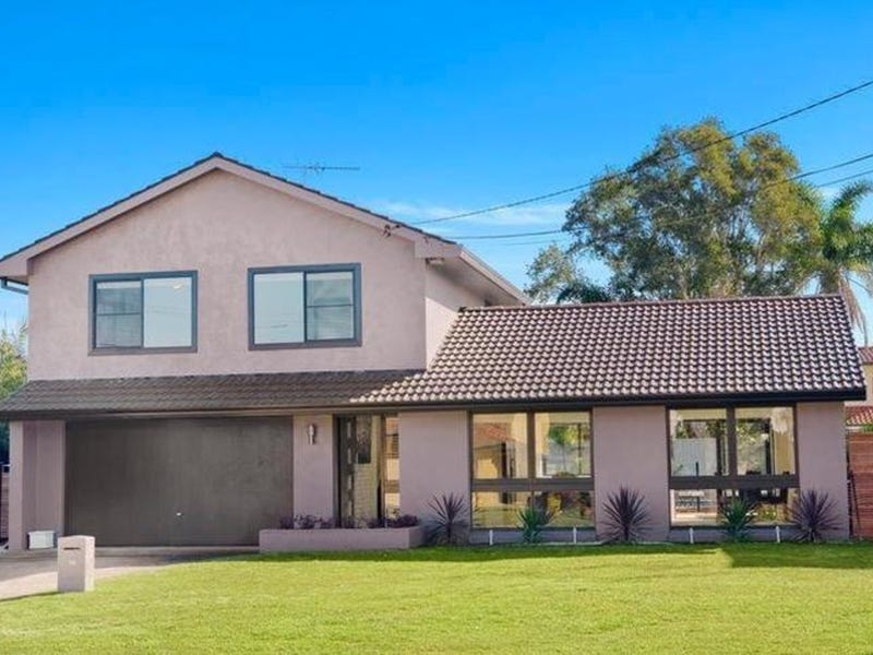 15 Macintyre Crescent, Sylvania Waters, NSW 2224