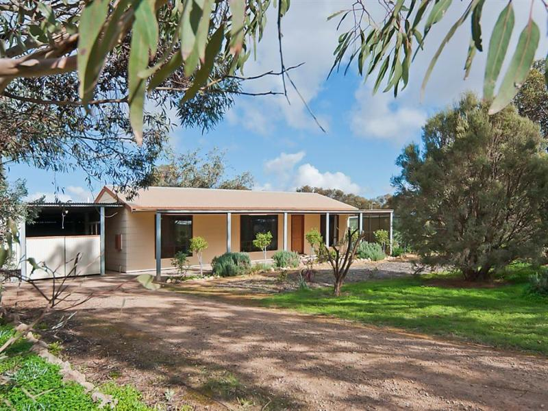 6 Hamley Bridge Road, Barabba, SA 5460