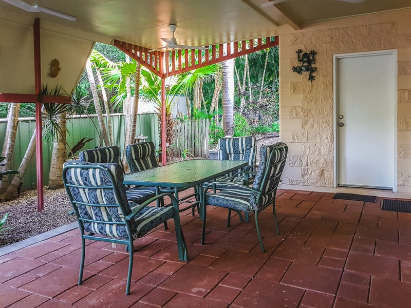 8 Winifred St, Nelly Bay, Qld 4819