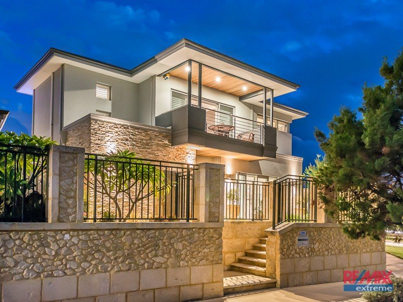 2 Windmill Circle*, Burns Beach, WA 6028