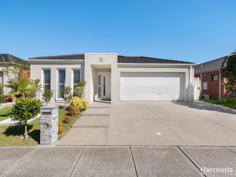 8 Bliss St, Point Cook, Vic 3030