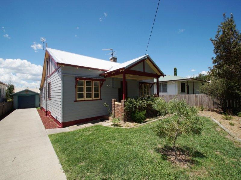 69 Dumaresq Street, Armidale, NSW 2350