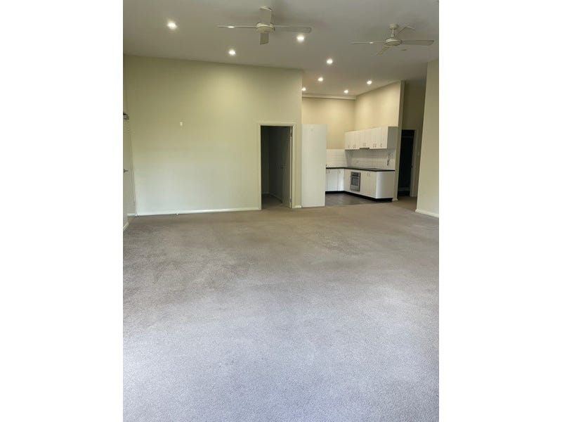 1/37 Walker Street, Helensburgh, NSW 2508