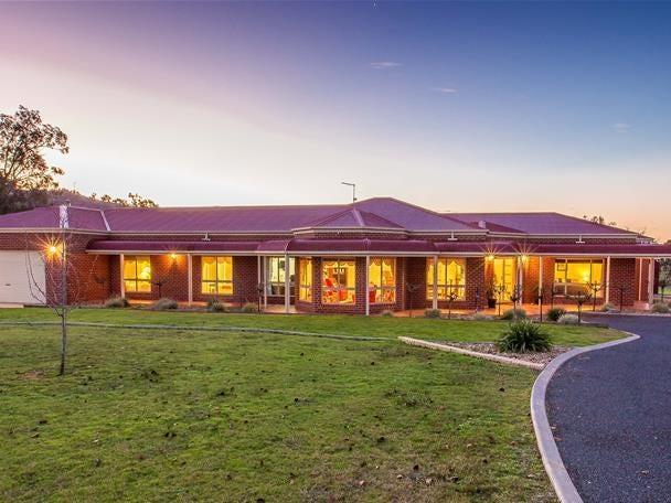 20 Himalaya Drive, Table Top, NSW 2640