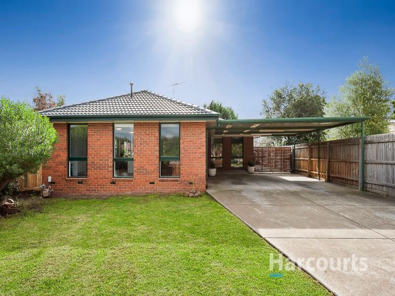 8 Fraser Close, Mill Park, Vic 3082