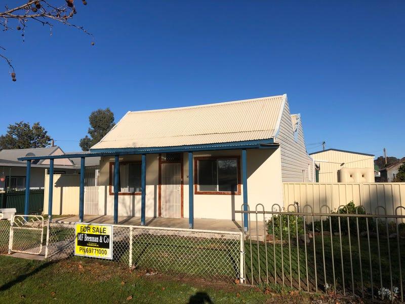 166 Camp Street, Temora, NSW 2666