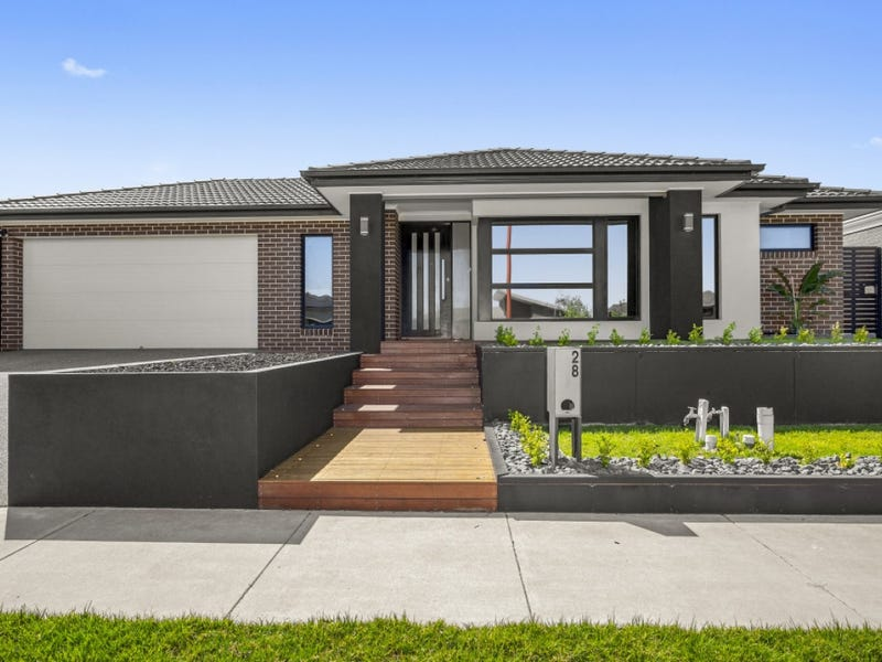 28 Magnetic Drive, Mount Duneed, Vic 3217