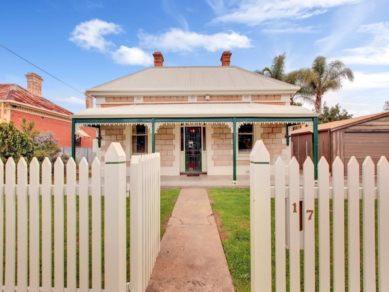 17 Russell  Terrace, Woodville, SA 5011
