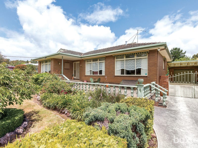 23 Hyde Park Road, Creswick, Vic 3363