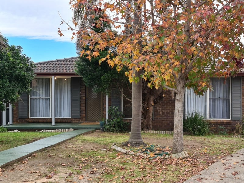 20 Keighran Place, Minto, NSW 2566