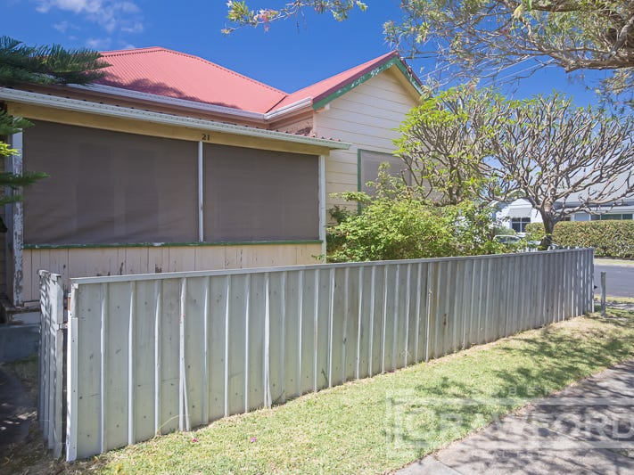 21 Coorumbung Road, Broadmeadow, NSW 2292
