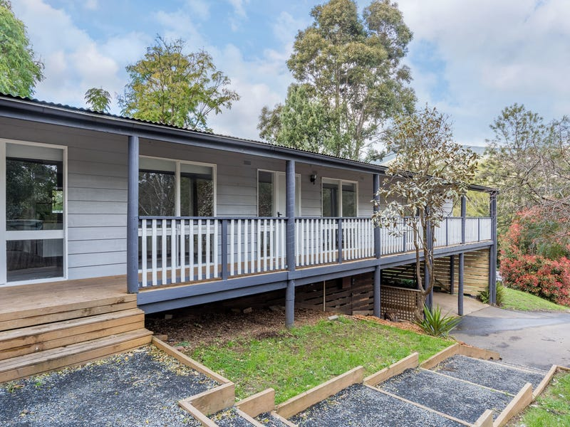 3 Waterloo Avenue, Warburton, Vic 3799