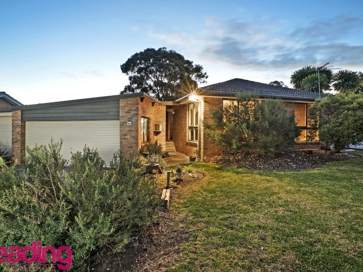 15 Isaacs Close, Sunbury, Vic 3429