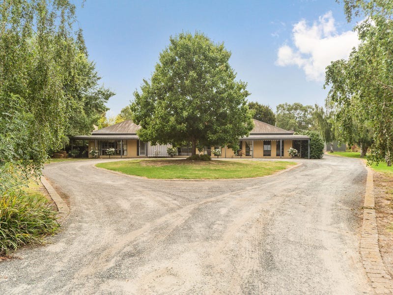 5 The Knoll, Somerville, Vic 3912