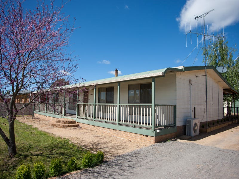 79 Wade, Crookwell, NSW 2583