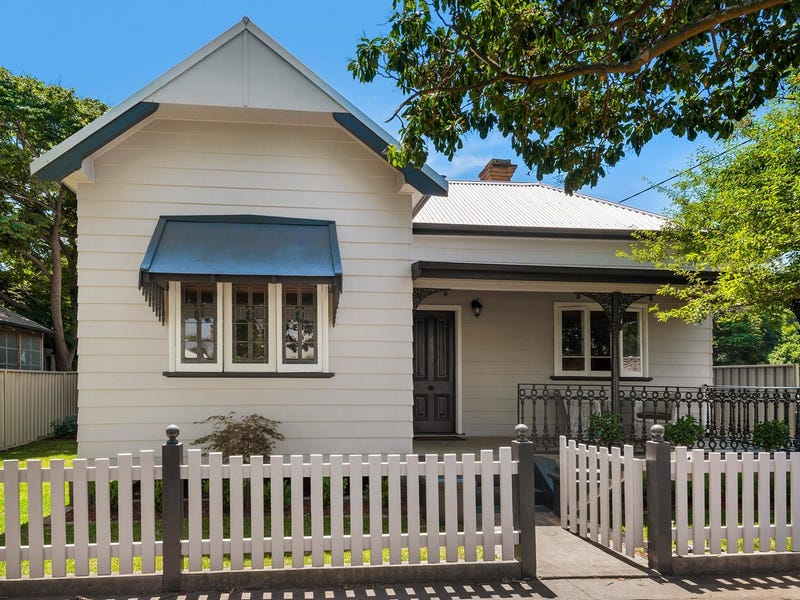 10 Lorn Street, Lorn, NSW 2320
