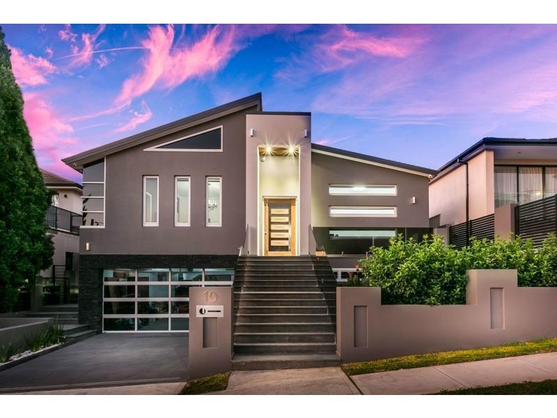 10 Harold Street, Mount Lewis, NSW 2190