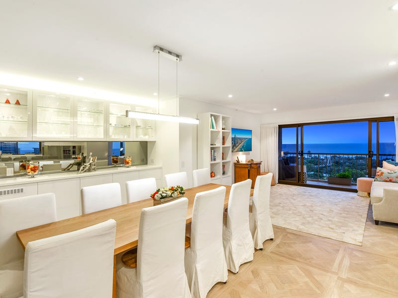 63/8 'Atlantis West' Admiralty Drive, Paradise Waters, Qld 4217