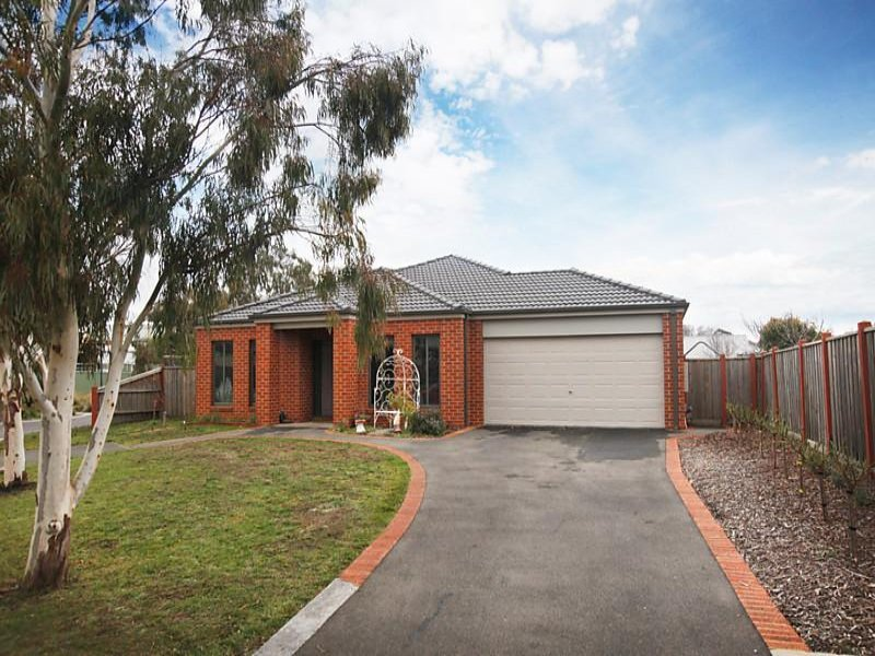 6 Mayfair Way, Kyneton, Vic 3444