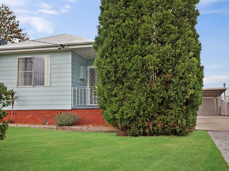 15 Tobruk Crescent, Shortland, NSW 2307