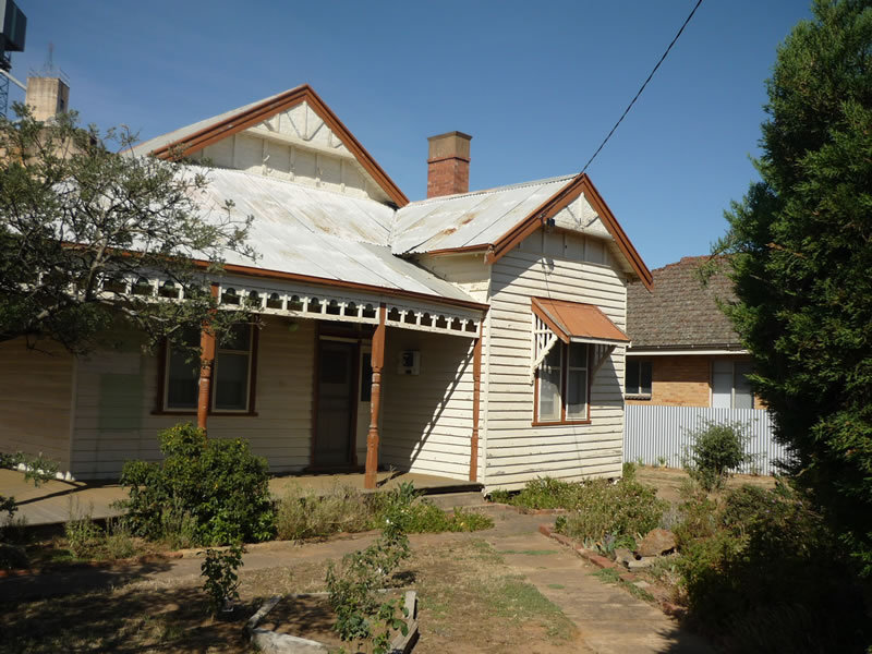 105 High St, Charlton, Vic 3525