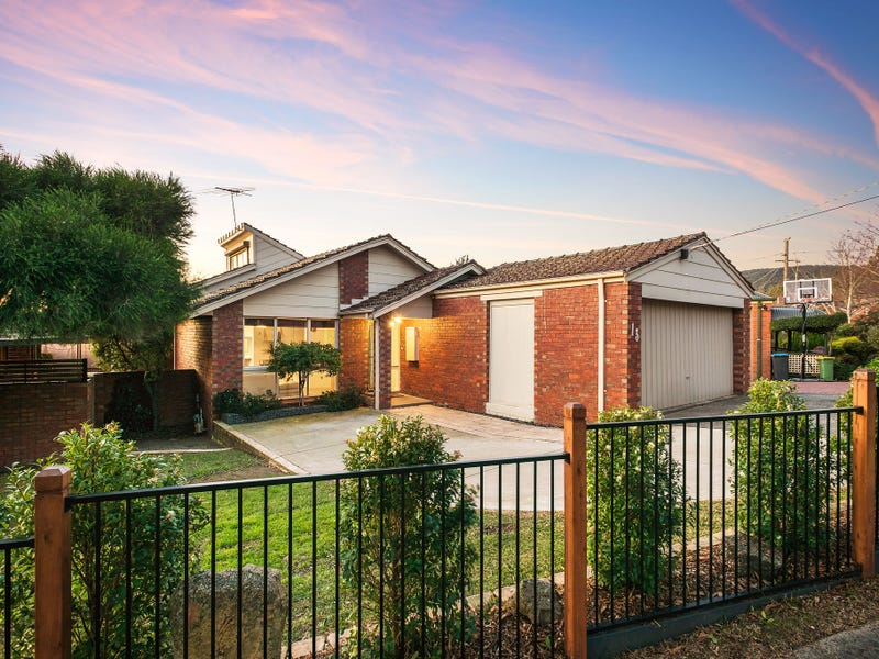13 Beatrice Place, Ferntree Gully, Vic 3156