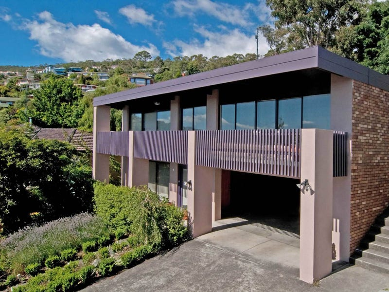 244 Churchill Avenue, Sandy Bay, Tas 7005