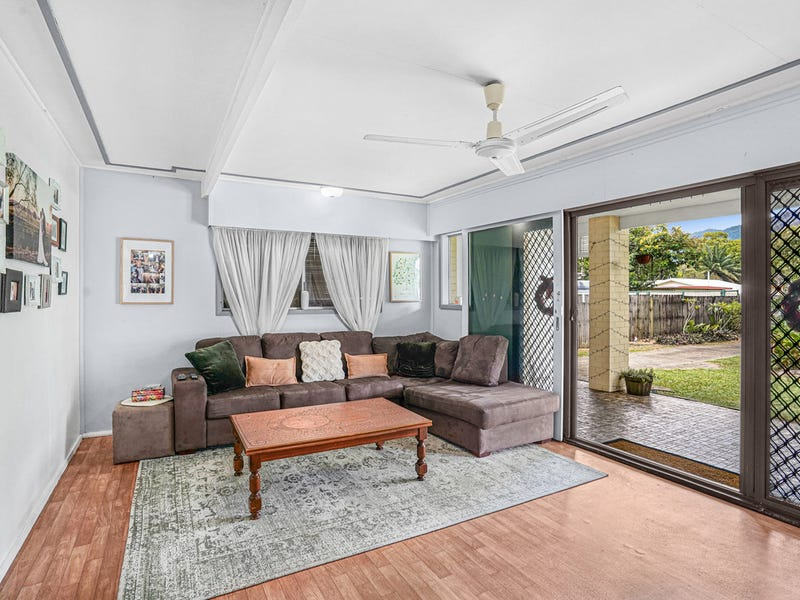 14 English Street, Manunda, Qld 4870