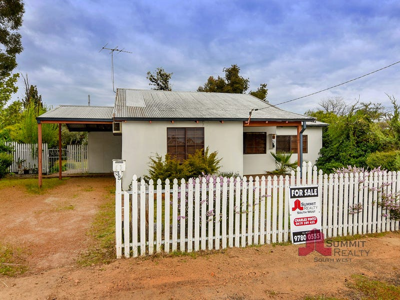 35 Coombes Street, Collie, WA 6225
