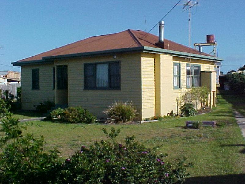 16 James Street, Whitemark, Memana, Tas 7255