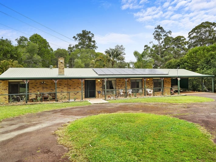 25 Branch Creek Road, Clear Mountain, Qld 4500