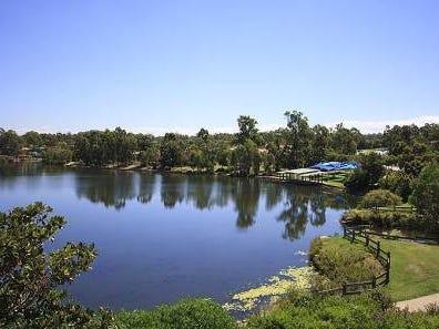 40 Alexandrina Circuit, Forest Lake, Qld 4078