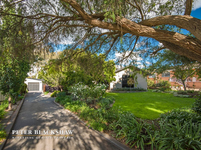 7 McCormack Place, Curtin, ACT 2605