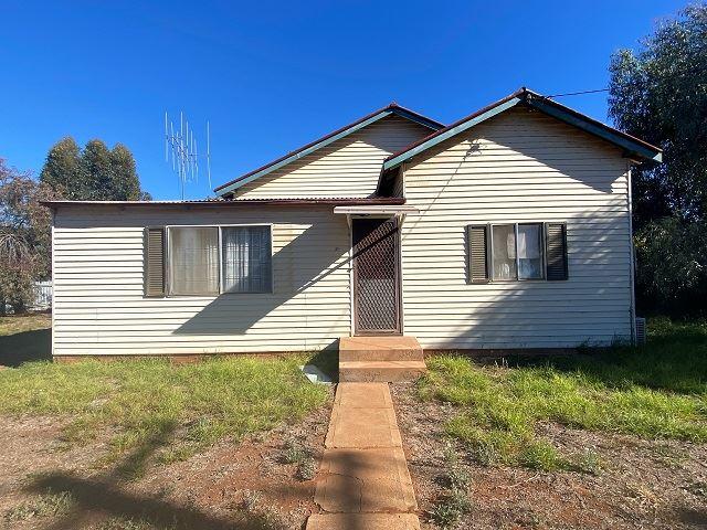 15 Margaret Street, Cobar, NSW 2835