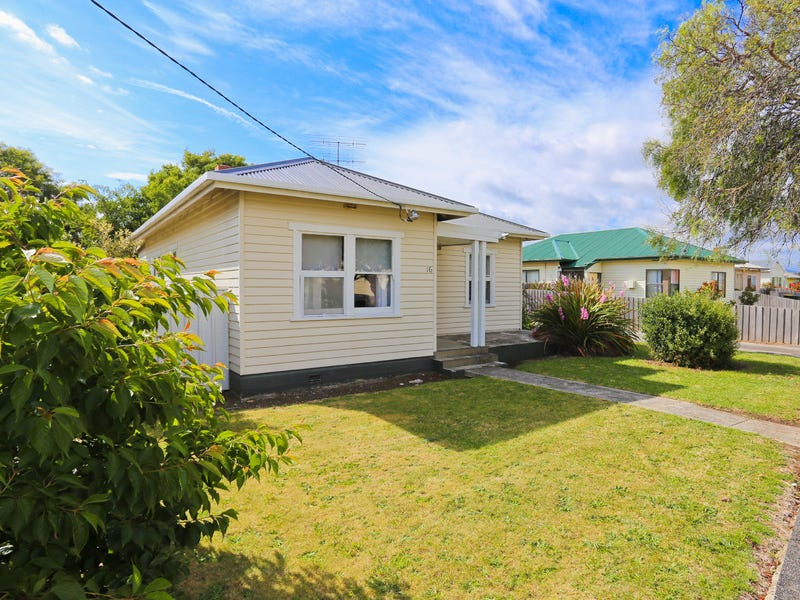 16 Gunn Street, Devonport, Tas 7310
