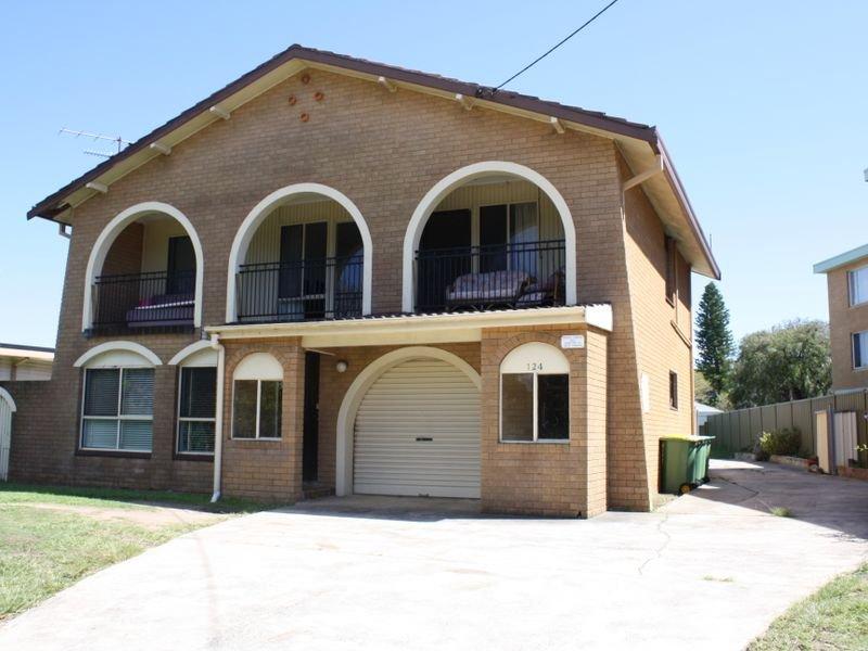 1 & 2/124 Swadling Street, Toowoon Bay, NSW 2261