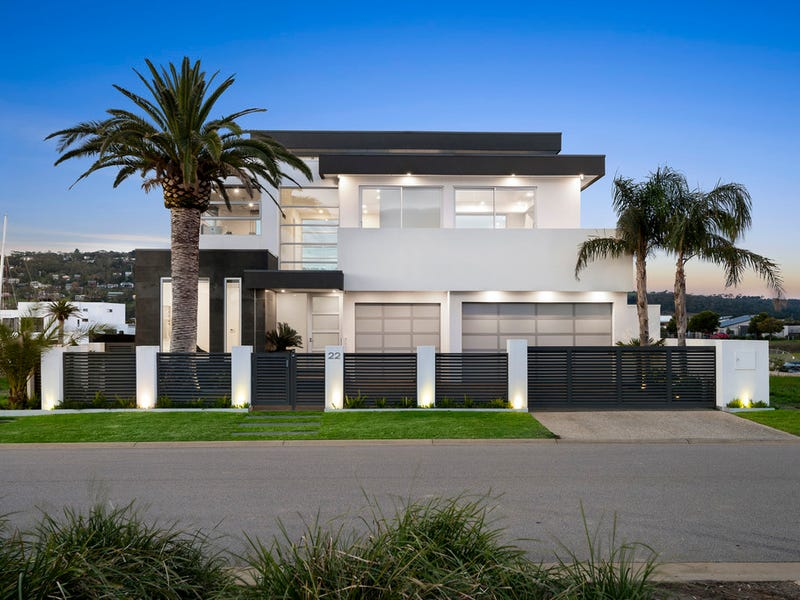 22 Helsal Point, Safety Beach, Vic 3936