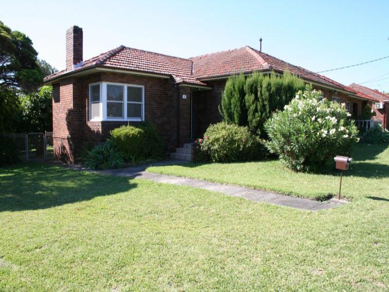 7 Dunlop Street, Roselands, NSW 2196