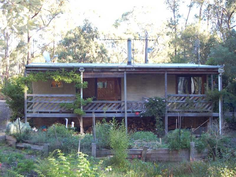 11 Pine Court, Dales Creek, Vic 3341
