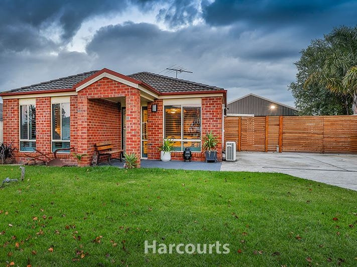 9 Cobram Court, Pakenham, Vic 3810