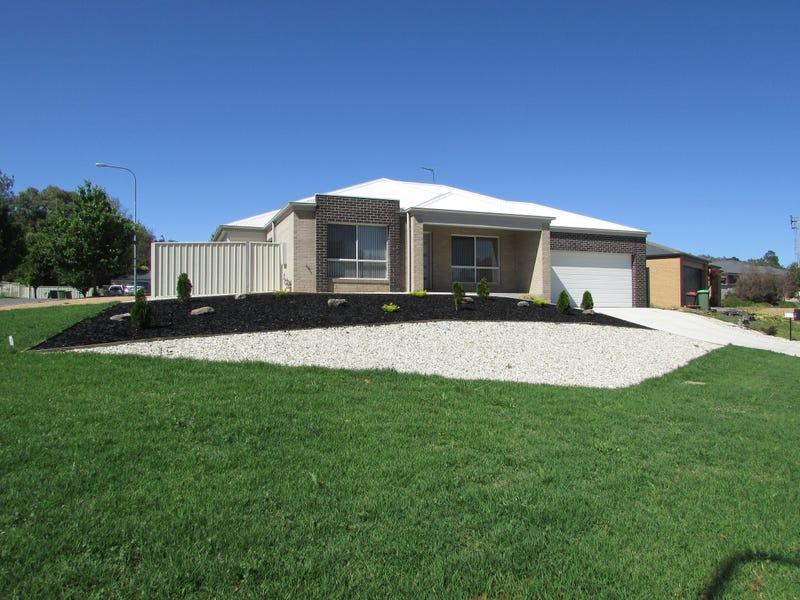 32 Cornwall Avenue, Hamilton Valley, NSW 2641
