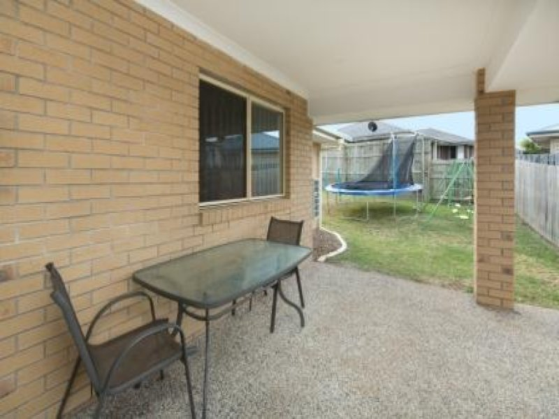6 Jene Court, Flinders View, Qld 4305