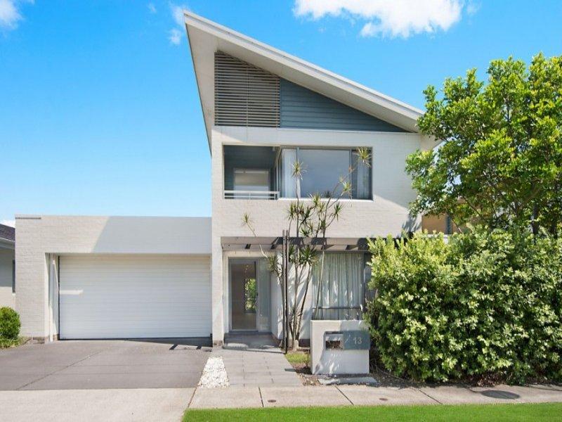 13 Edgewood Pl, Magenta, NSW 2261