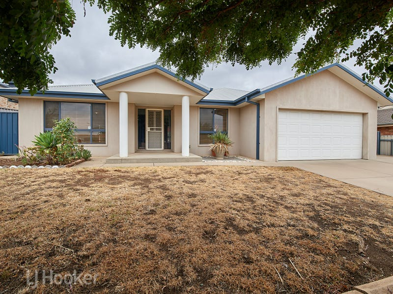 4 Werribee Road, Bourkelands, NSW 2650