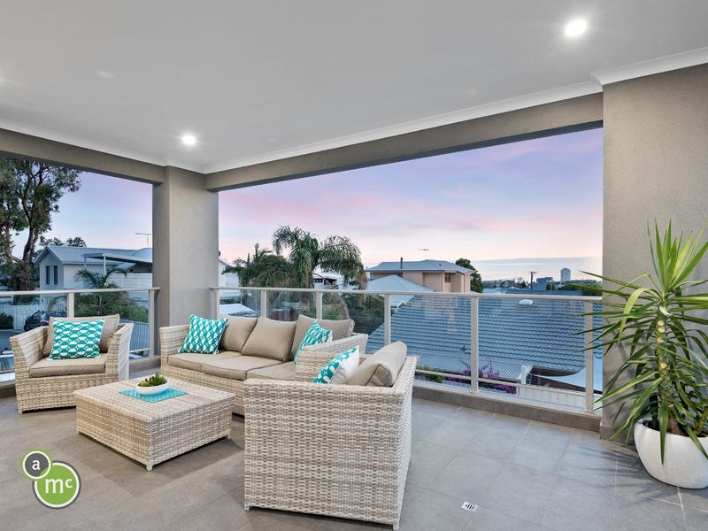 3/193 Grand Promenade, Doubleview